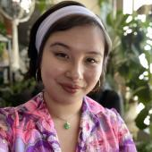 Bryna Hoang Headshot